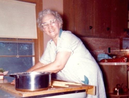 Mamamarika making s cookies