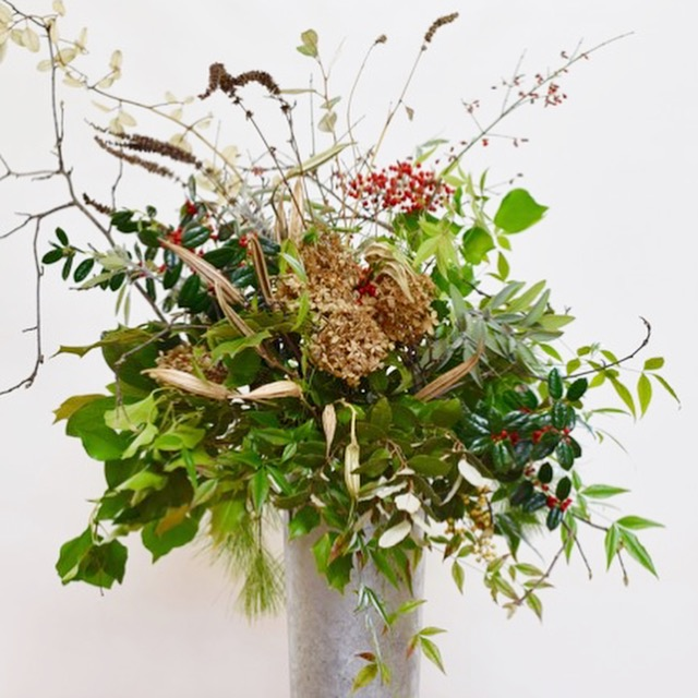 Winter floral arrangements using greenery from the yard