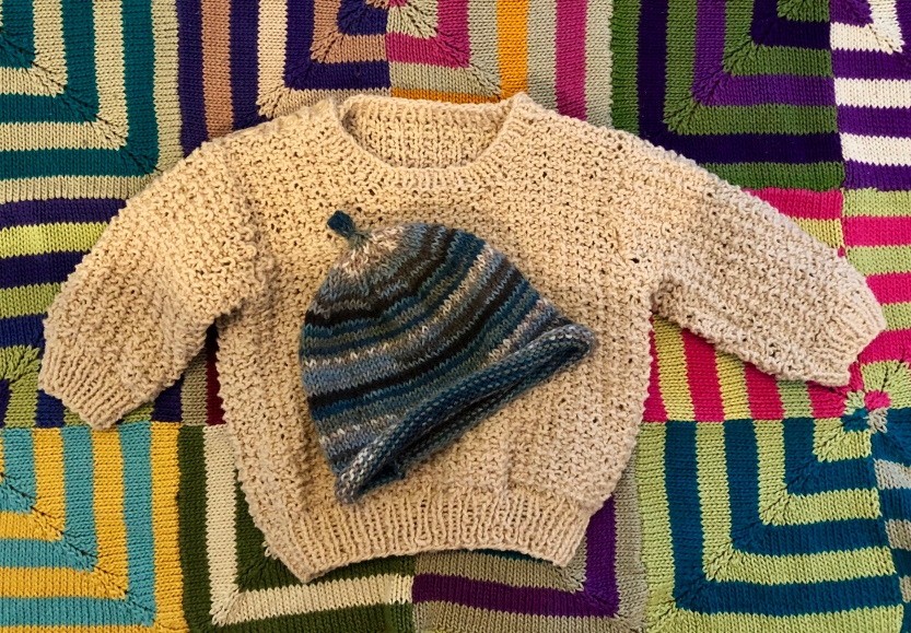 What to Knit for a Baby: a Hat, a Sweater and a Blanket@judyschickens